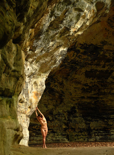 D20 8328 Claudine at Starved Rock