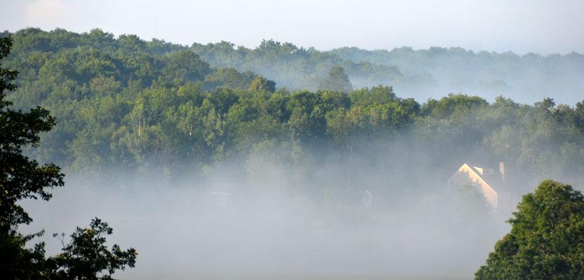 D70 4491 Vermont Farm and a Suspicious Odor
