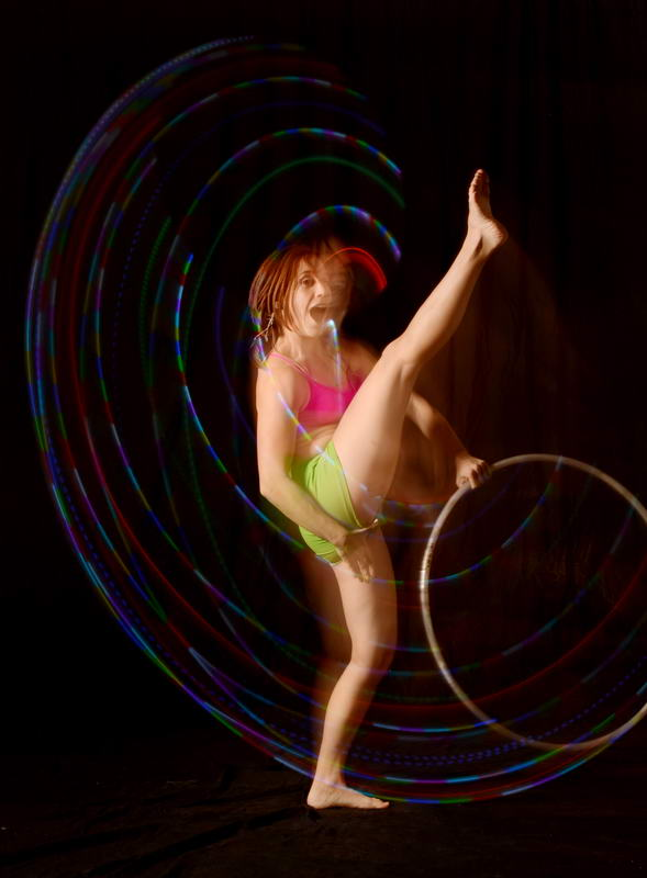 D70 0527 Lindsay Hooping It Up